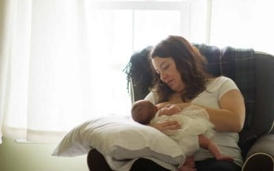 11 Latching Tips for Breastfeeding if Baby Won't Latch